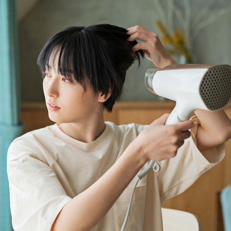 Q. 『天使の輪ができるツヤ髪に憧れます。どうしたらできますか?』