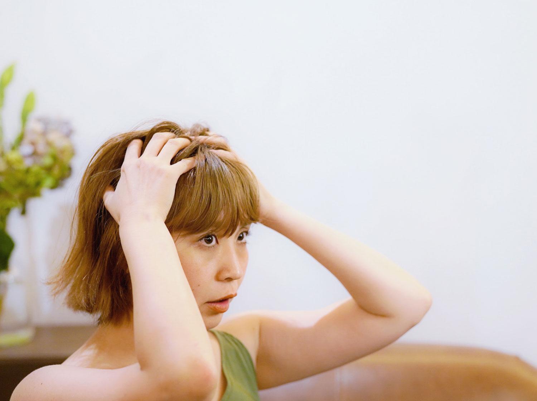 Q. 『年齢とともに髪がうねってきました。もう元に戻らないのでしょうか?原因と対策があれば教えてください。』